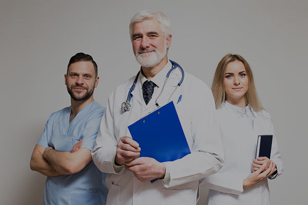 asian-young-main-group-hospital-professional